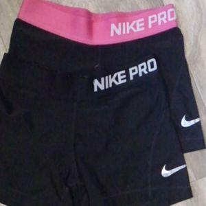 Girls nike pro shorts